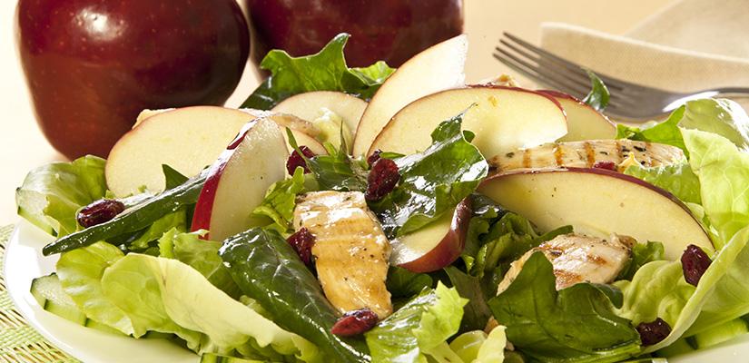 Ensalada de Manzana con Fajitas de Pollo